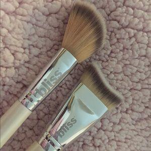 Bliss contour set brushes (set of 2)